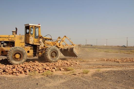 آزادسازی ۹۰۰ مترمربع حریم محور رفسنجان-نوق