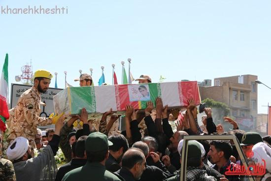 مراسم تشییع پیکر شهید اخوندی-رفسنجان-خانه خشتی (۱۲)