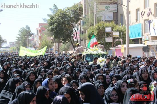 مراسم تشییع پیکر شهید اخوندی-رفسنجان-خانه خشتی (۸)