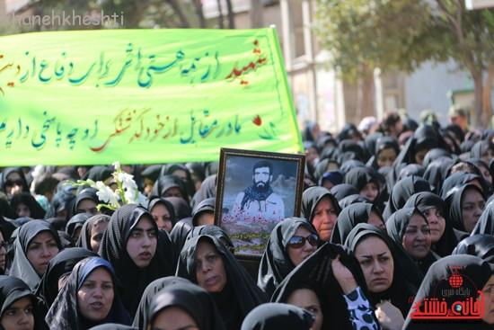 مراسم تشییع پیکر شهید اخوندی-رفسنجان-خانه خشتی (۹)