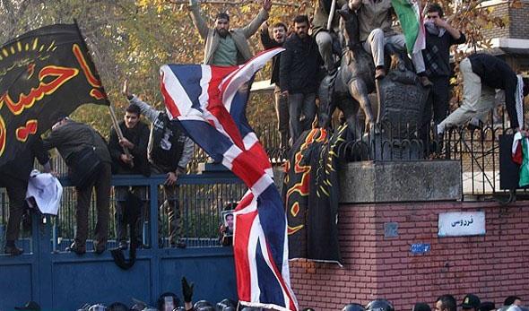 برای ما انگلیس معنایی جز جاسوسی و حیله گری ندارد