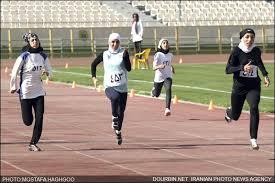 مسابقات دو و میدانی بانوان در رفسنجان برگزار می شود