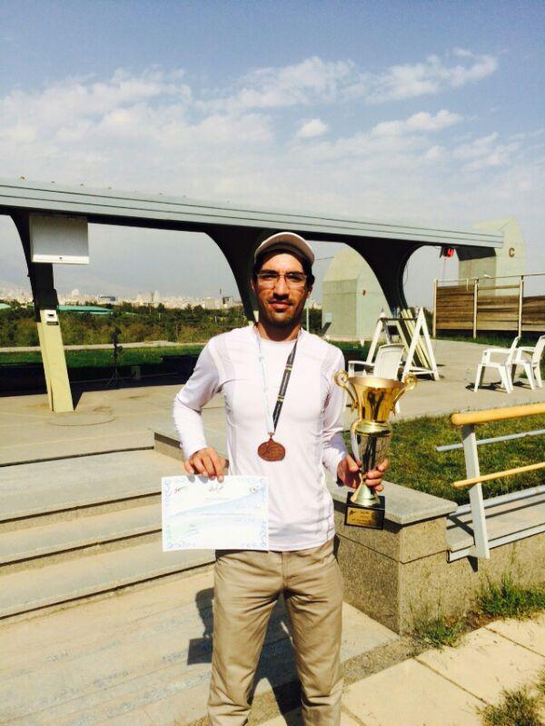 جوان رفسنجانی در جایگاه سوم مسابقات اهداف پروازی قهرمانی کشور ایستاد / تصاویر