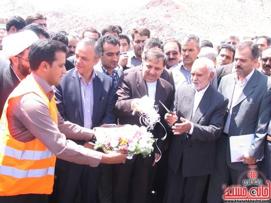 دوربین خانه خشتی در سفر وزیر راه و شهرسازی به رفسنجان (۱)
