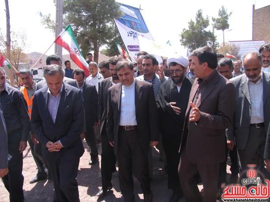 دوربین خانه خشتی در سفر وزیر راه و شهرسازی به رفسنجان (۵)