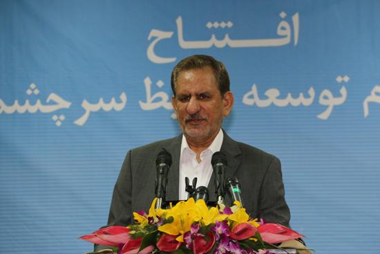 مصمم هستیم رکود و سختی را از پای ملت ایران برداریم / راهکار دقیق اقتصاد مقاومتی است
