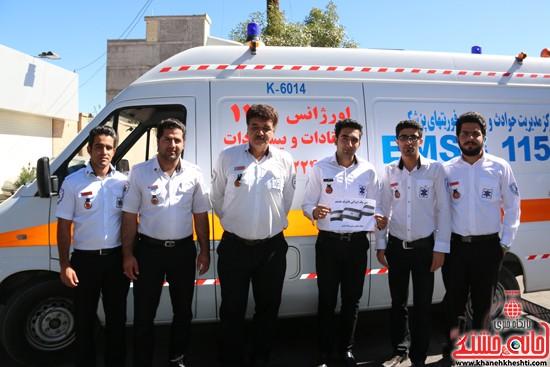 مسئولین و مردم رفسنجان در کمپین من یک ایرانی باشرف هستم -خانه خشتی (۶)