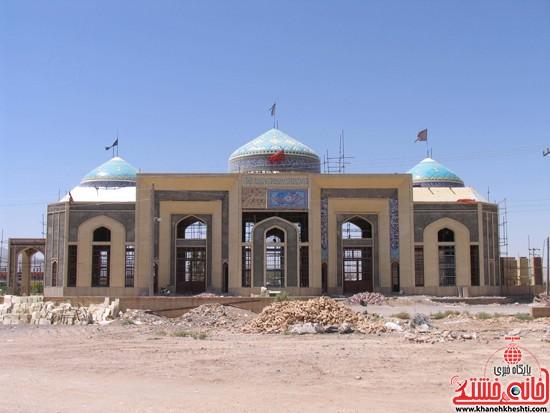 مقبره شهدای صفائیه-رفسنجان-خانه خشتی (۴)