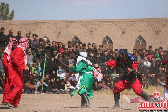 تعزیه خوانی روز عاشورا در امام زاده سید غریب رفسنجان (۱۴)