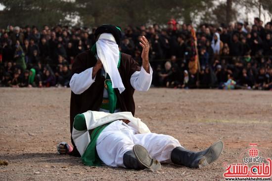 تعزیه خوانی روز عاشورا در امام زاده سید غریب رفسنجان (۳۲)