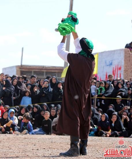 تعزیه خوانی روز عاشورا در امام زاده سید غریب رفسنجان (۳۹)