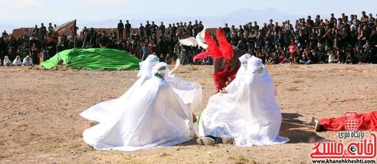 تعزیه خوانی روز عاشورا در امام زاده سید غریب رفسنجان (۴۹)