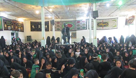 دوربین خانه خشتی در همایش شیرخوارگان حسینی روستای عیش آباد
