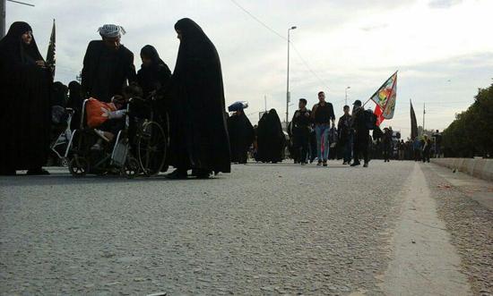 تصاویر اختصاصی خانه خشتی از زائران اربعین حسینی در مسیر پیاده روی نجف به کربلا
