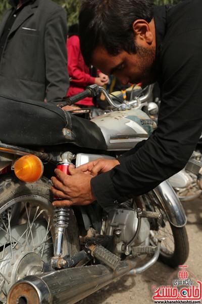 طرح افزایش ایمنی موتور سوارها در لاهیجان رفسنجان-خانه خشتی (۱۱)