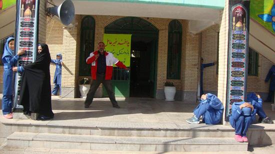 تصاویر برگزاری مانور پدافند غیر عامل در رفسنجان