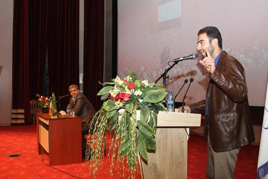 اهانت کواکبیان به دانشجویان منتقدش: حرف های شما بلغوریات کیهان است!