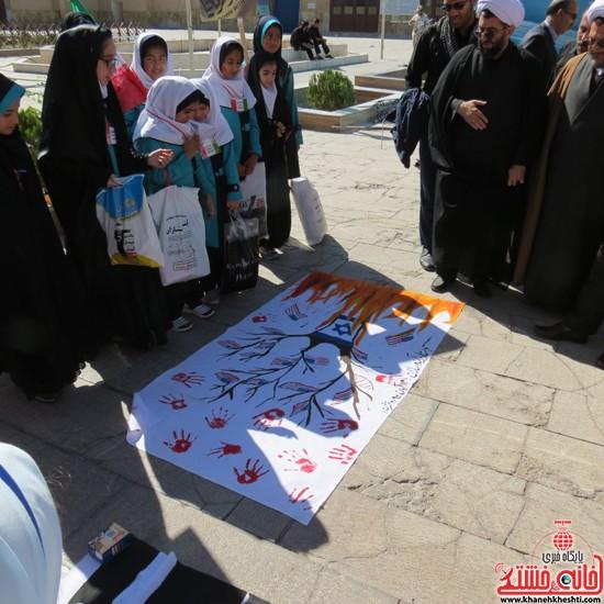 یوم الله ۱۳ ابان در رفسنجان-خانه خشتی (۵)