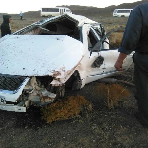 رییس اورژانس رفسنجان از حادثه رانندگی جان سالم به در برد / عکس