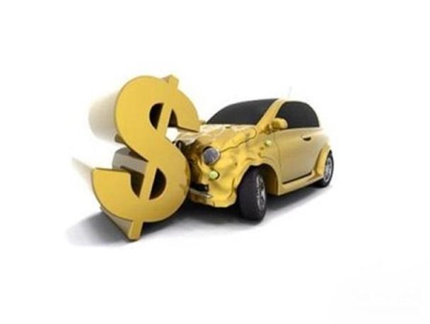 وام ۲۵ میلیونی؛ تسهیلاتی برای مردم یا جانفشانی دولت برای خودروسازان؟!