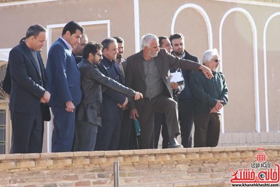 بازدید استاندار کرمان از خانه خشتی (۱۱)