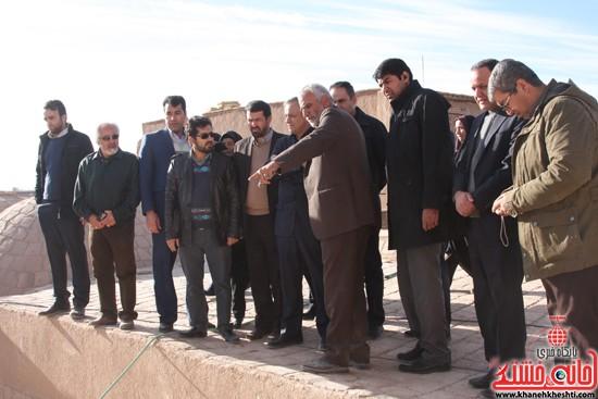 بازدید استاندار کرمان از خانه خشتی (۱۳)