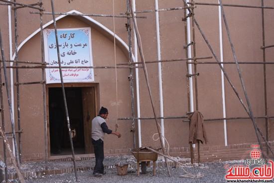 بازدید استاندار کرمان از خانه خشتی (۲)