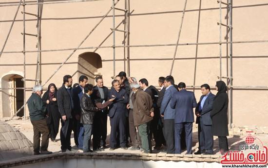 بازدید استاندار کرمان از خانه خشتی (۷)