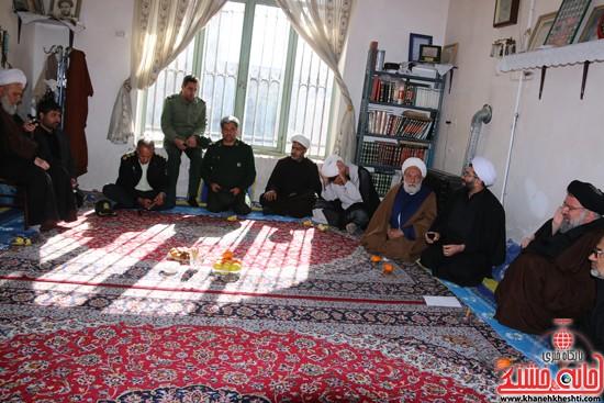 بازدید ایت الله خاتمی از منزل حجت السلام غروی  (۴)