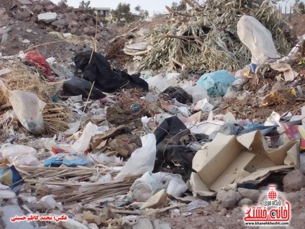 خانه خشتی.زباله های ساختمانی (۱۴)