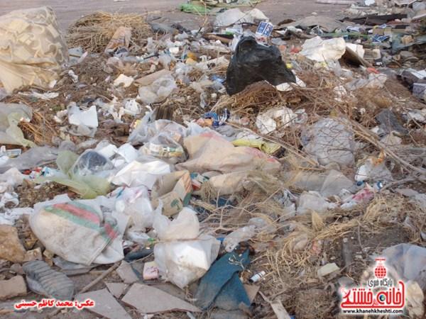 خانه خشتی.زباله های ساختمانی (۱۵)