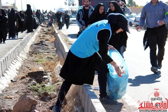 رفتگران طبیعت در پیاده روی اربعین حسینی رفسنجان (۱۰)