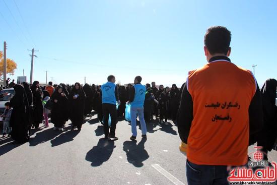 رفتگران طبیعت در پیاده روی اربعین حسینی رفسنجان (۶)