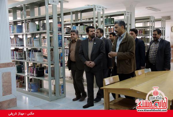 کتابخانه جوادالائمه رفسنجان آماده ارائه خدمات آموزشی به همشهریان است+عکس