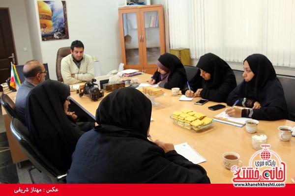 نشست اصحاب رسانه با رئیس اداره فرهنگ و ارشاد اسلامی رفسنجان-خانه خشتی (۳)
