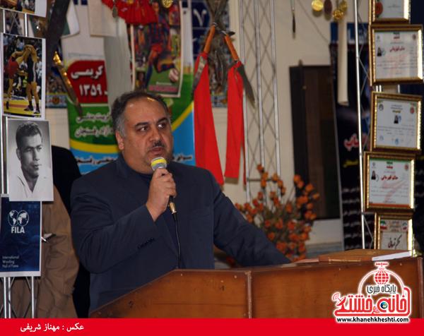 نمایشگاه دستاوردهای علمی قهرمانان دانشگاه آزاد رفسنجان-خانه خشتی (۴)
