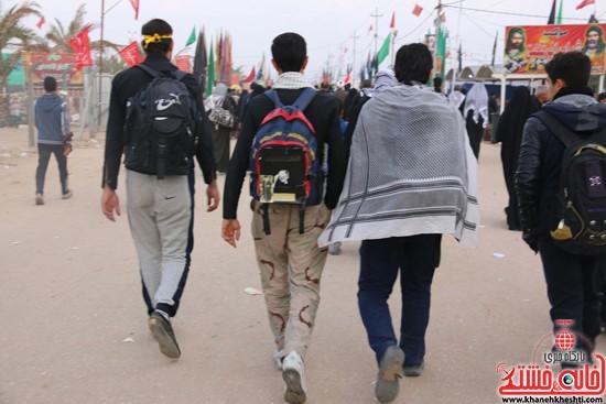 پیاده روی اربعین از نجف تا کربلا خانه خشتی رفسنجان (۱۶)