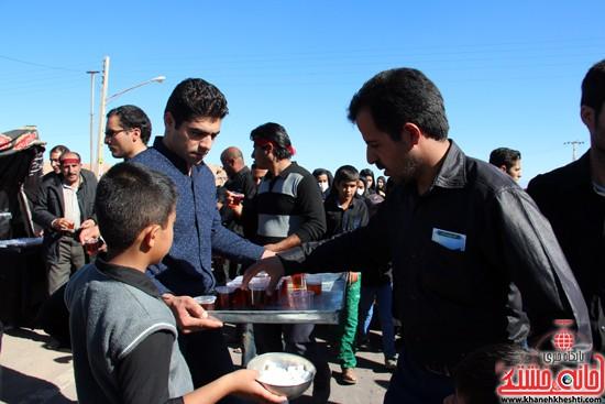 پیاده روی اربعین حسینی با حضور کاروان رهپویان کربلا در رفسنجان (۱۸)