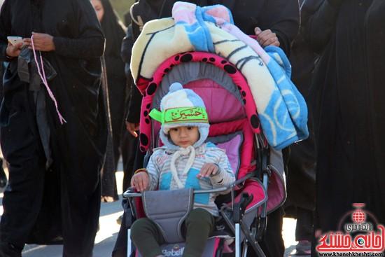 پیاده روی اربعین حسینی با حضور کاروان رهپویان کربلا در رفسنجان (۳)