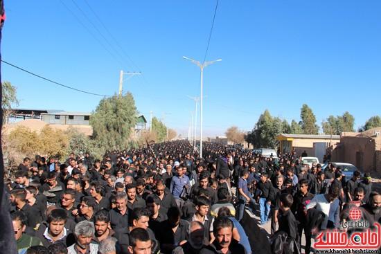 پیاده روی اربعین حسینی با حضور کاروان رهپویان کربلا در رفسنجان (۳۱)
