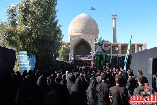 پیاده روی اربعین حسینی با حضور کاروان رهپویان کربلا در رفسنجان (۳۶)