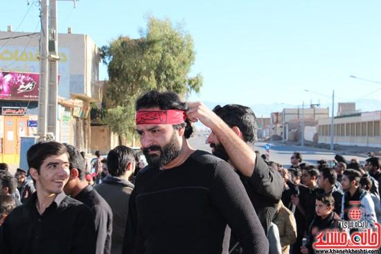 پیاده روی اربعین حسینی با حضور کاروان رهپویان کربلا در رفسنجان (۸)