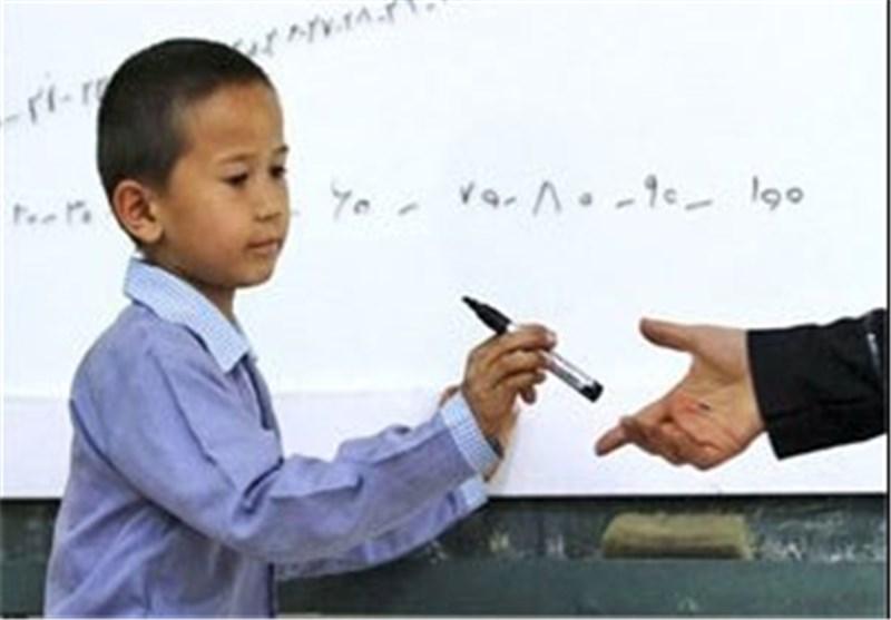 اختصاص ۲۰ کانکس آموزشی به دانش آموزان اتباع در رفسنجان