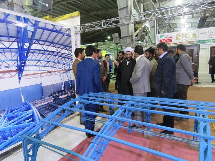 بازدید امام جمعه از نمایشگاه تخصصی دکوراسیون داخلی و صنعت ساختمان / تصاویر