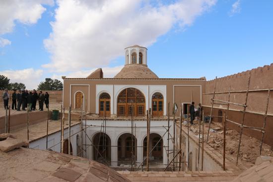 به کارگیری ۱۵۰ میلیارد ریال برای مرمت بزرگترین خانه خشتی جهان / تصاویر
