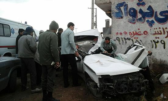 وازگونی خودرو در جاده نوق به مرگ راننده منجر شد