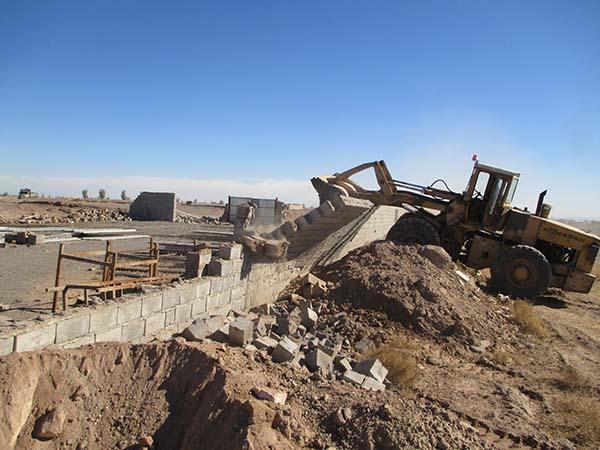 اراضی محدوده نوش آباد رفسنجان رفع تصرف و به دولت بازگردانده شد