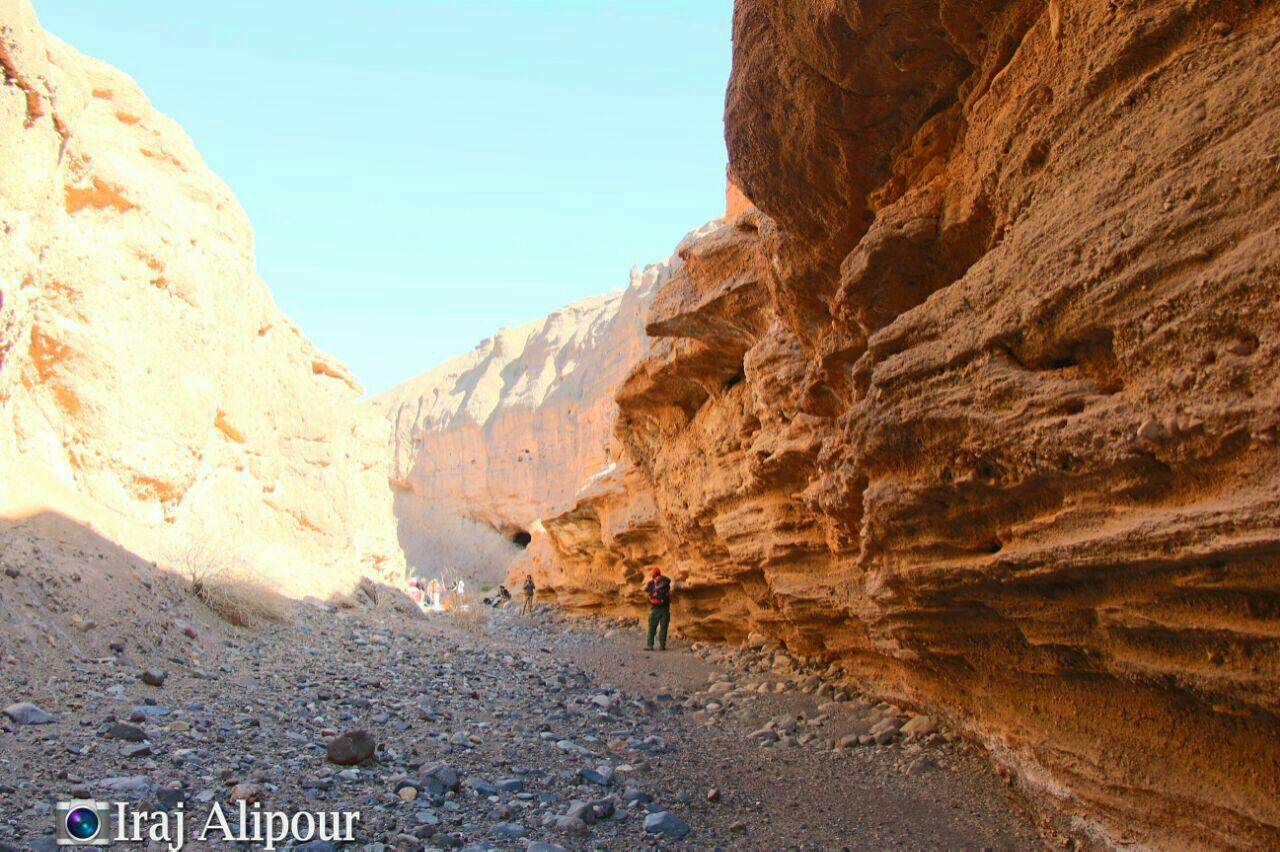 دره ده ظهیر پدیده ای بکر و زیبا در رفسنجان + عکس