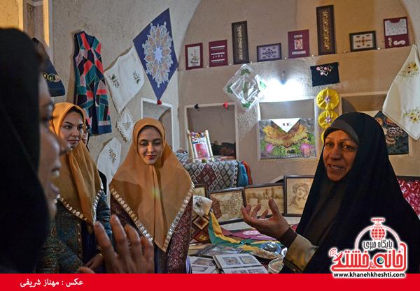جشنواره نان، حرکت و برکت در رفسنجان-خانه خشتی (۱)