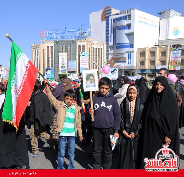راهپیمایی ۲۲ بهمن ۹۴ رفسنجان -خانه خشتی (۱۰)